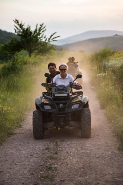 Quad-Tour in Ostserbien. Foto by Corinna Stabrawa