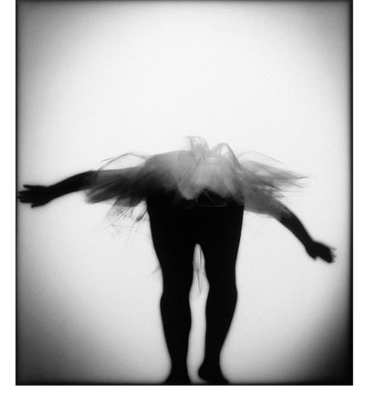 Dies ist das erste und Original Tutu-Foto von Bob Carey - damals noch in schwarz-weiß. Foto copyright Bob Carey
